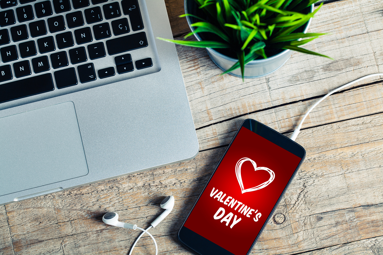 Cool Technology Part - 44: 14 Cool Tech Gifts For Valentineu0027s Day
