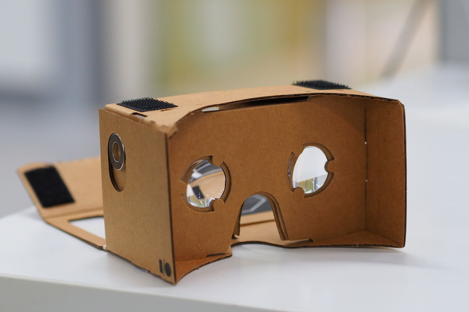 Google Cardboard's 2nd Generation Promises to Be Better