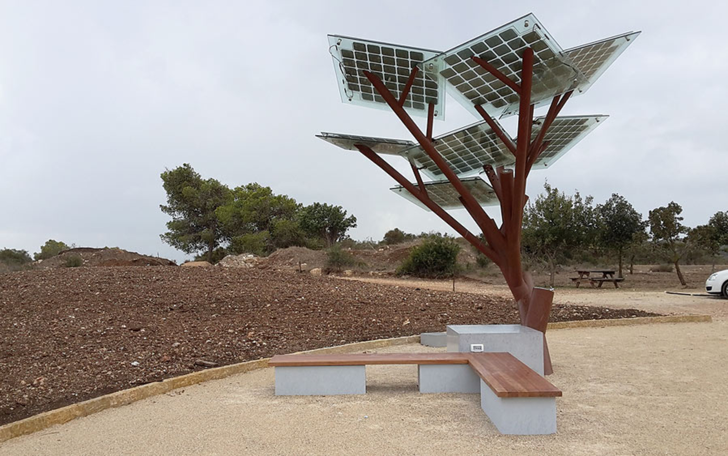 Solar eTrees Might Save The World