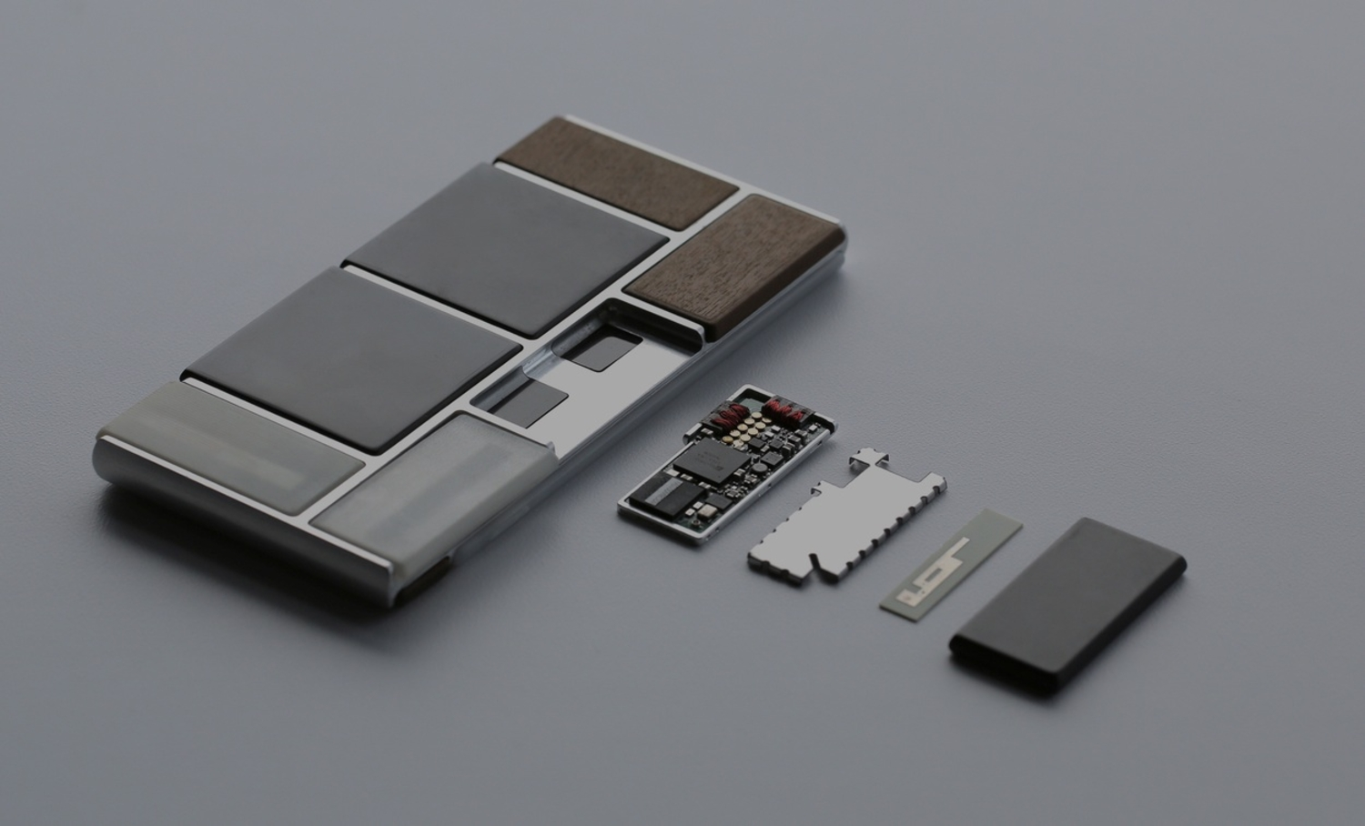 First Ever Video: Project Ara In Action