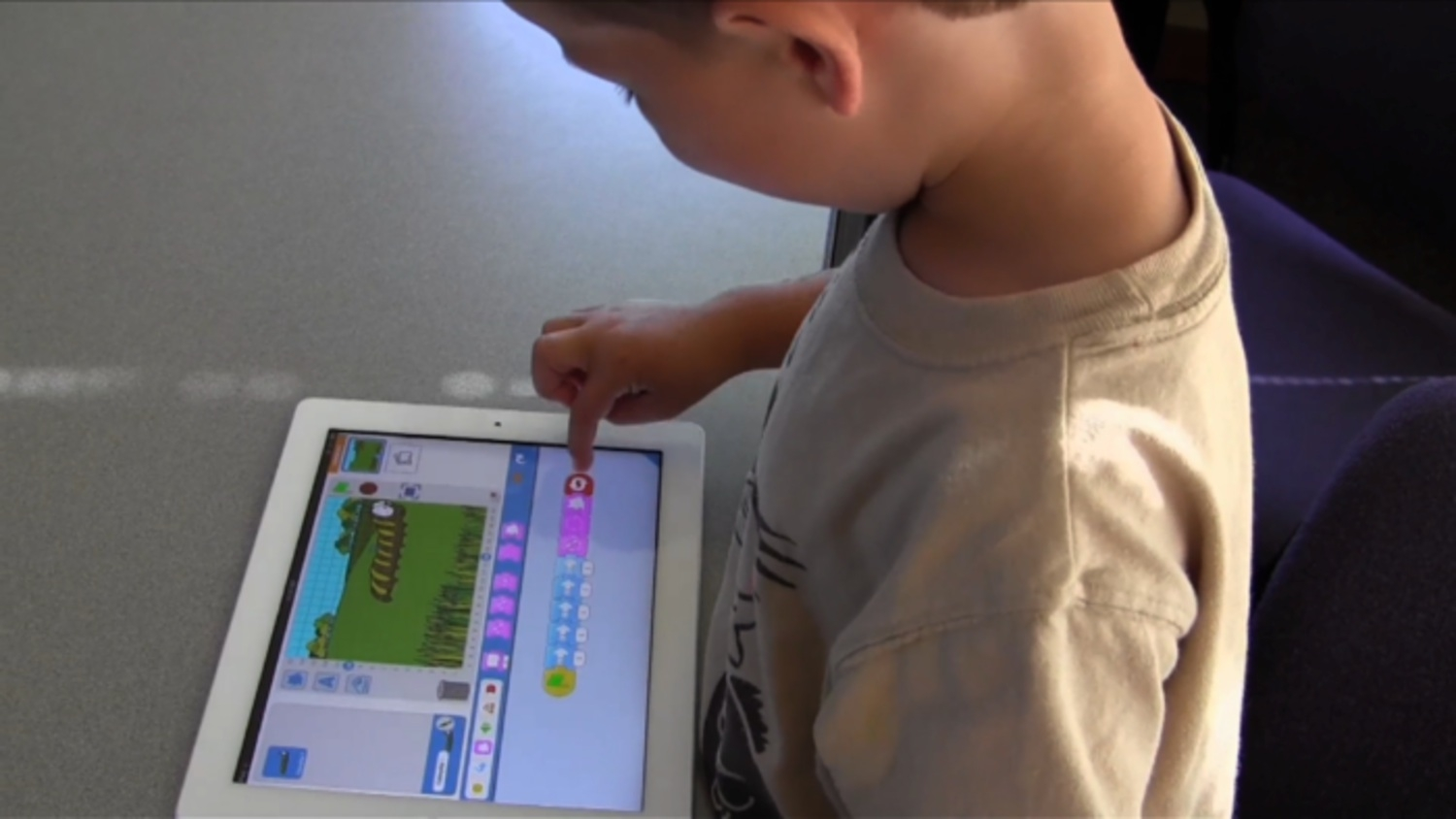 This iPad App Can Teach Your 5 Year Old To Code