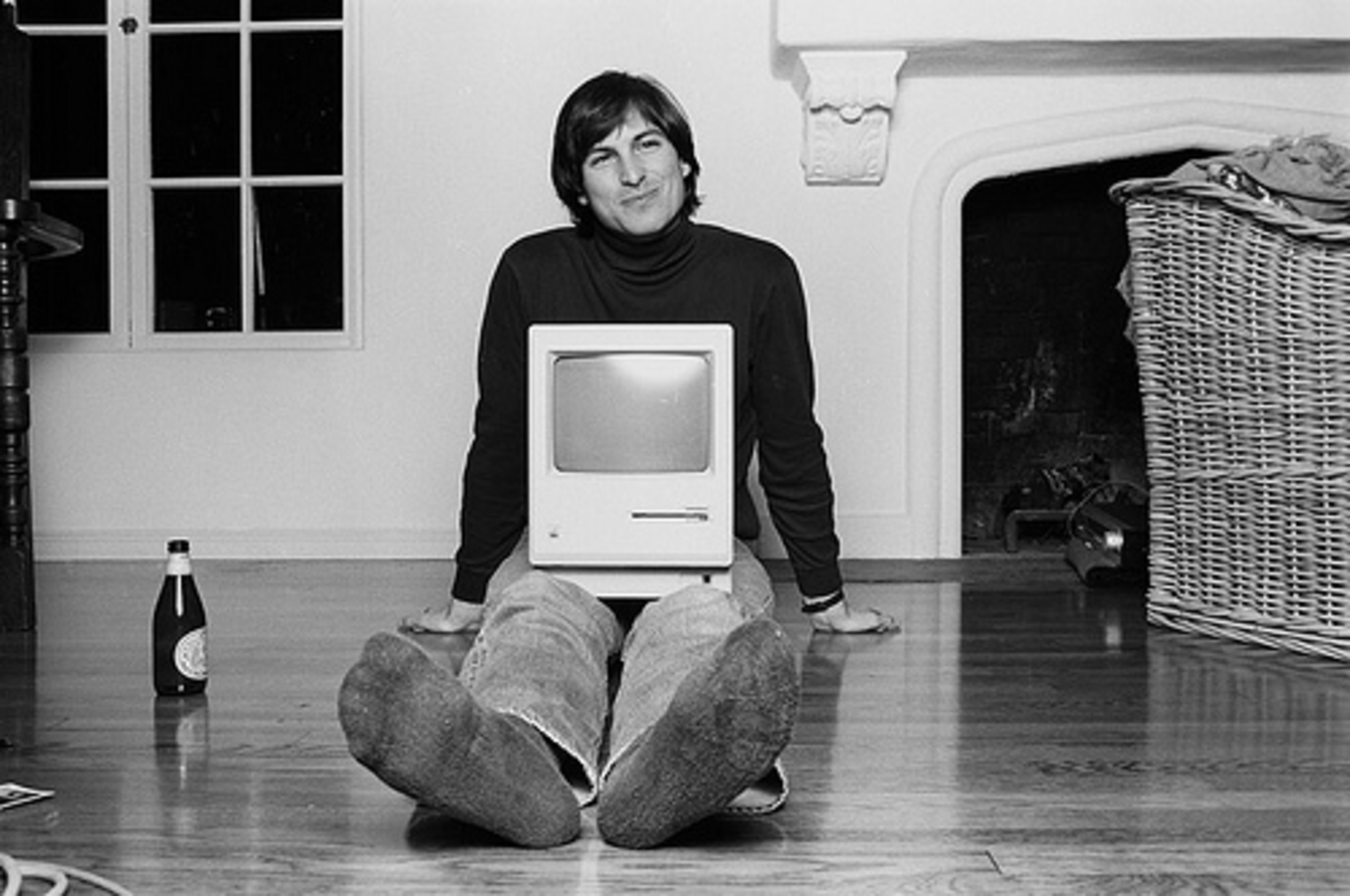 Steve Job Apple.jpg