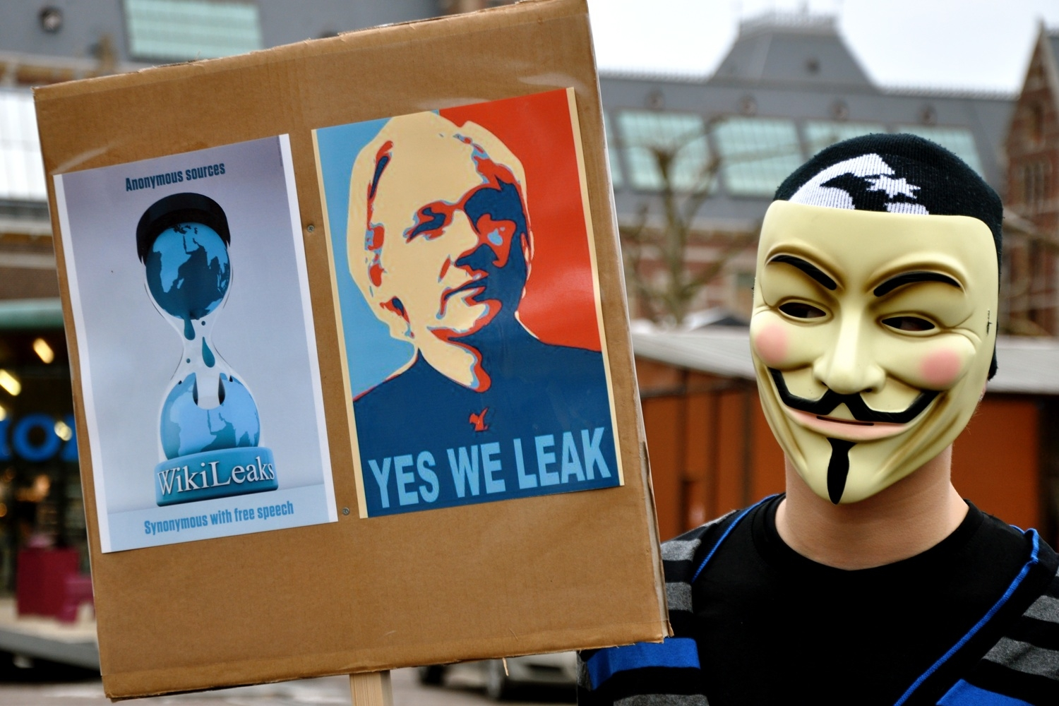 "Assange Will Leave Ecuador Embassy ""Soon"""
