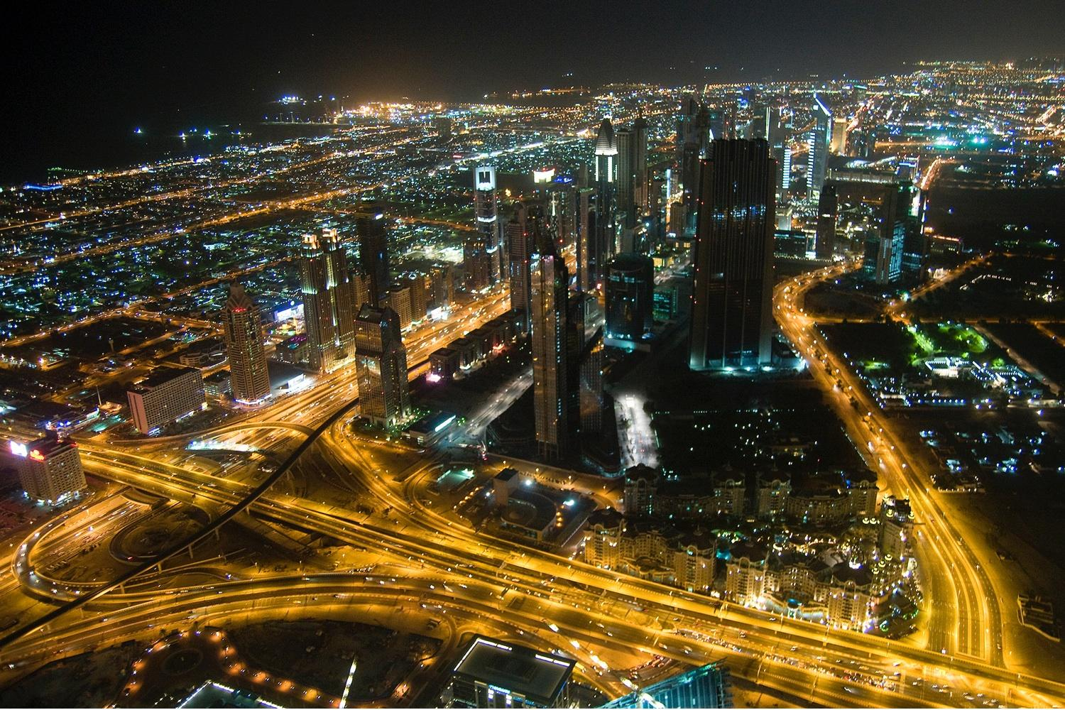 Dubai To Build Temperature Controlled City