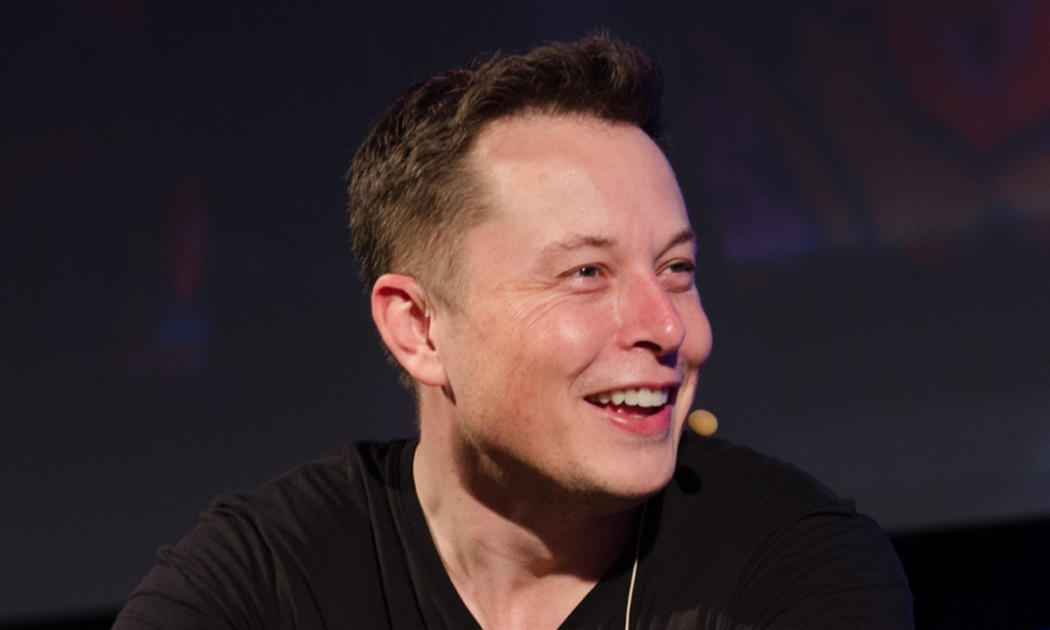 "Elon Musk: ""Artificial intelligence could be more dangerous than nukes"""