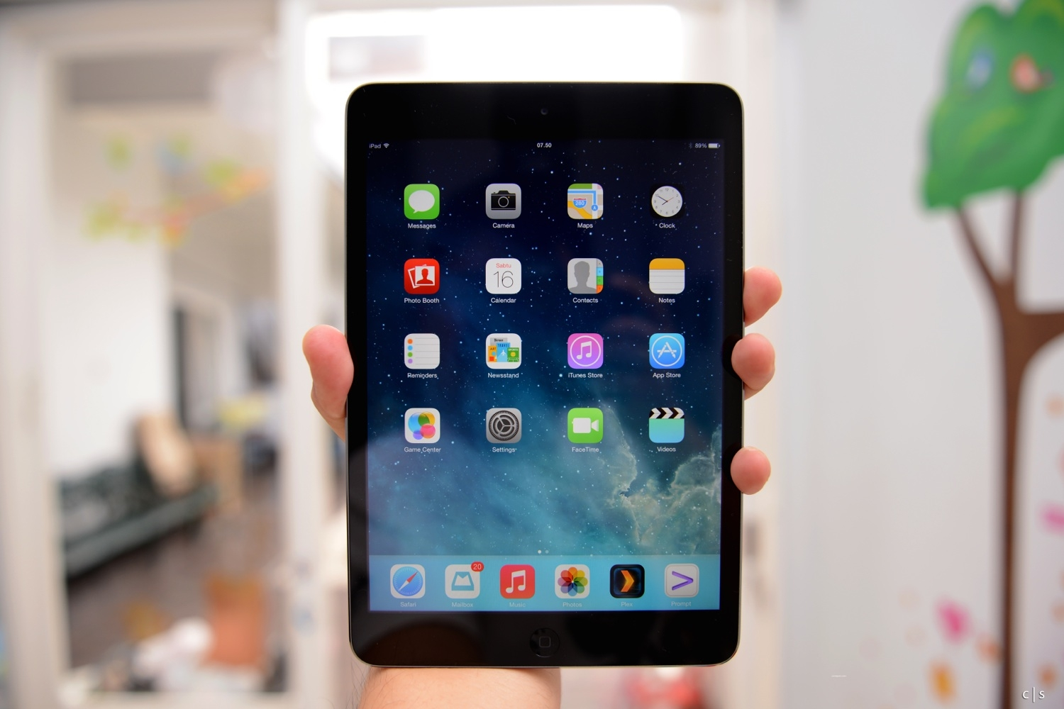 Apple Thinks You Want An Even Bigger iPad