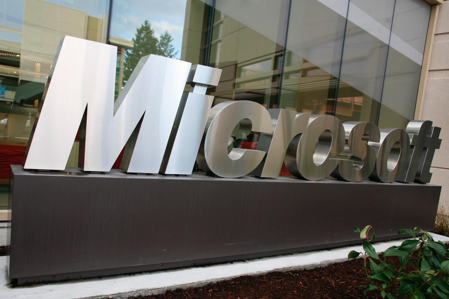 Microsoft hits out at Apple... Again