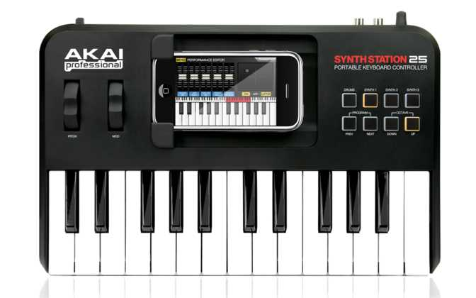 Akai SynthStation25