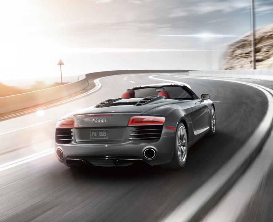 Audi R8 V10 Spyder (2015)