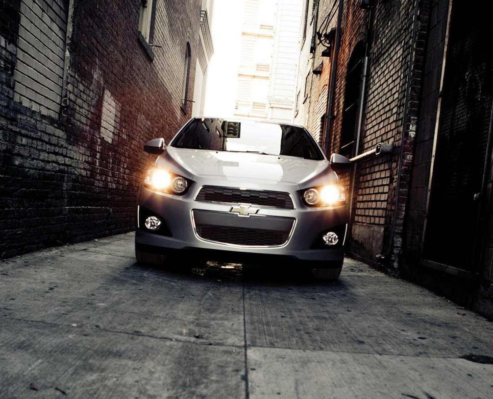 Chevrolet Sonic LS (2014)
