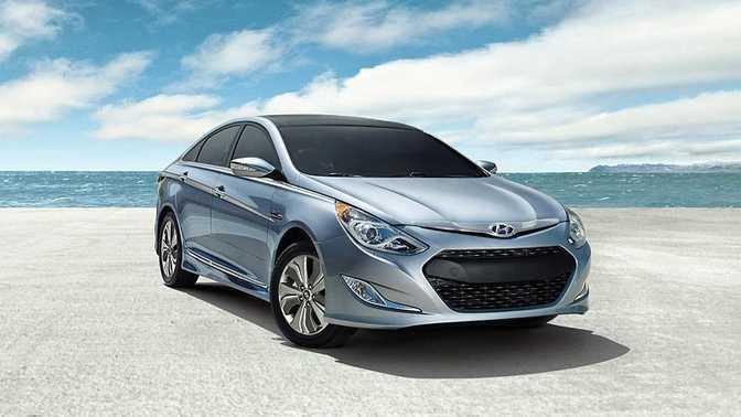 Hyundai Sonata Hybrid (2014)