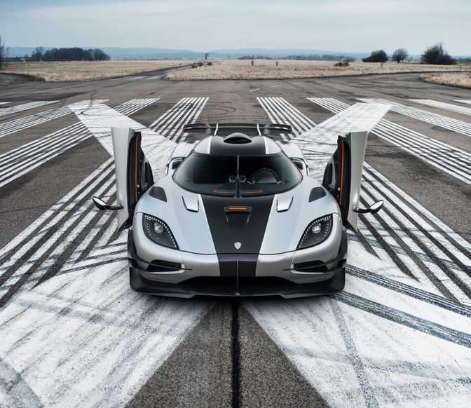 Koenigsegg One:1 (2014)