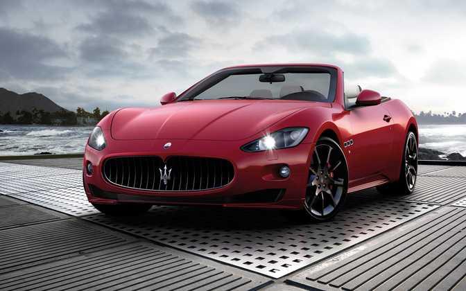 Maserati Gran Cabrio Sport 4.7L V8 (2014)