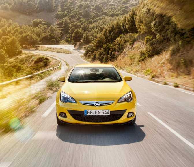 Opel Astra GTC 1.4T Enjoy (2014)