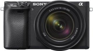 Sony A6400 + Sony E 18-135mm f/3.5-5.6 OSS