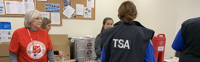 The Salvation Army Brings Food Friendship And Hope To Tsa Officers At Chicago Airports The