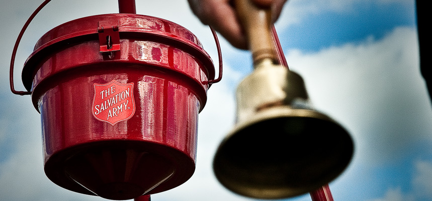 Red Kettle Volunteers Needed