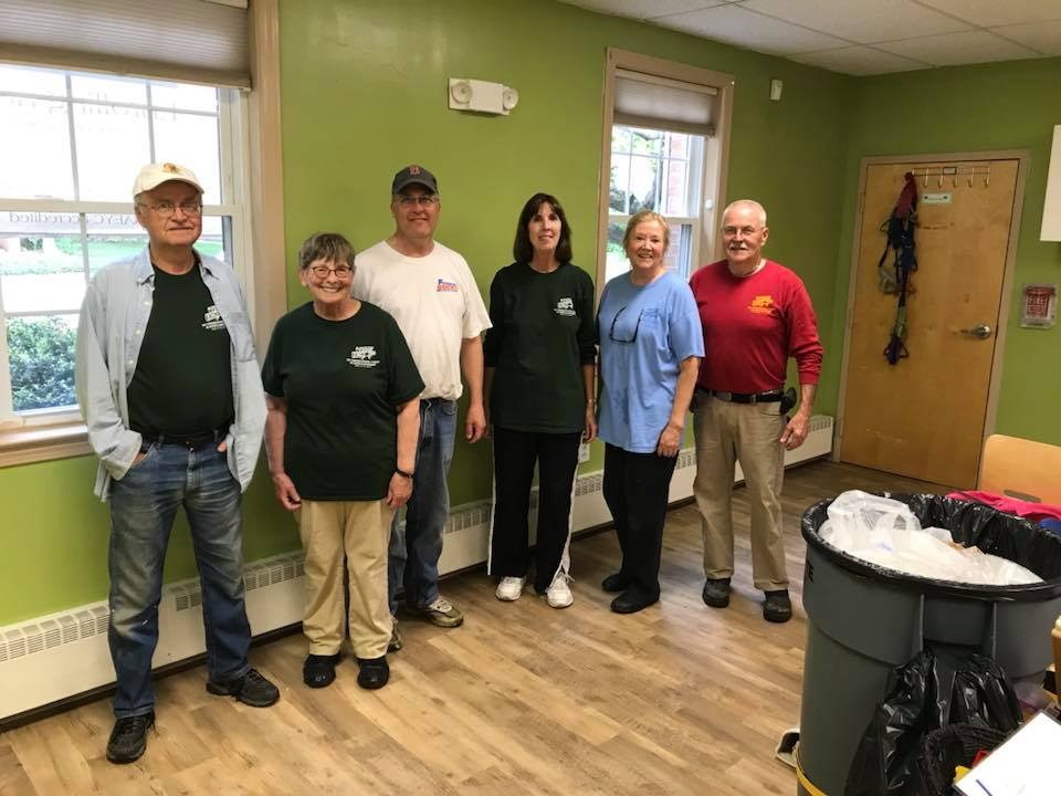 Congregational Church of South Glastonbury Volunteer for Salvation Army in Connecticut