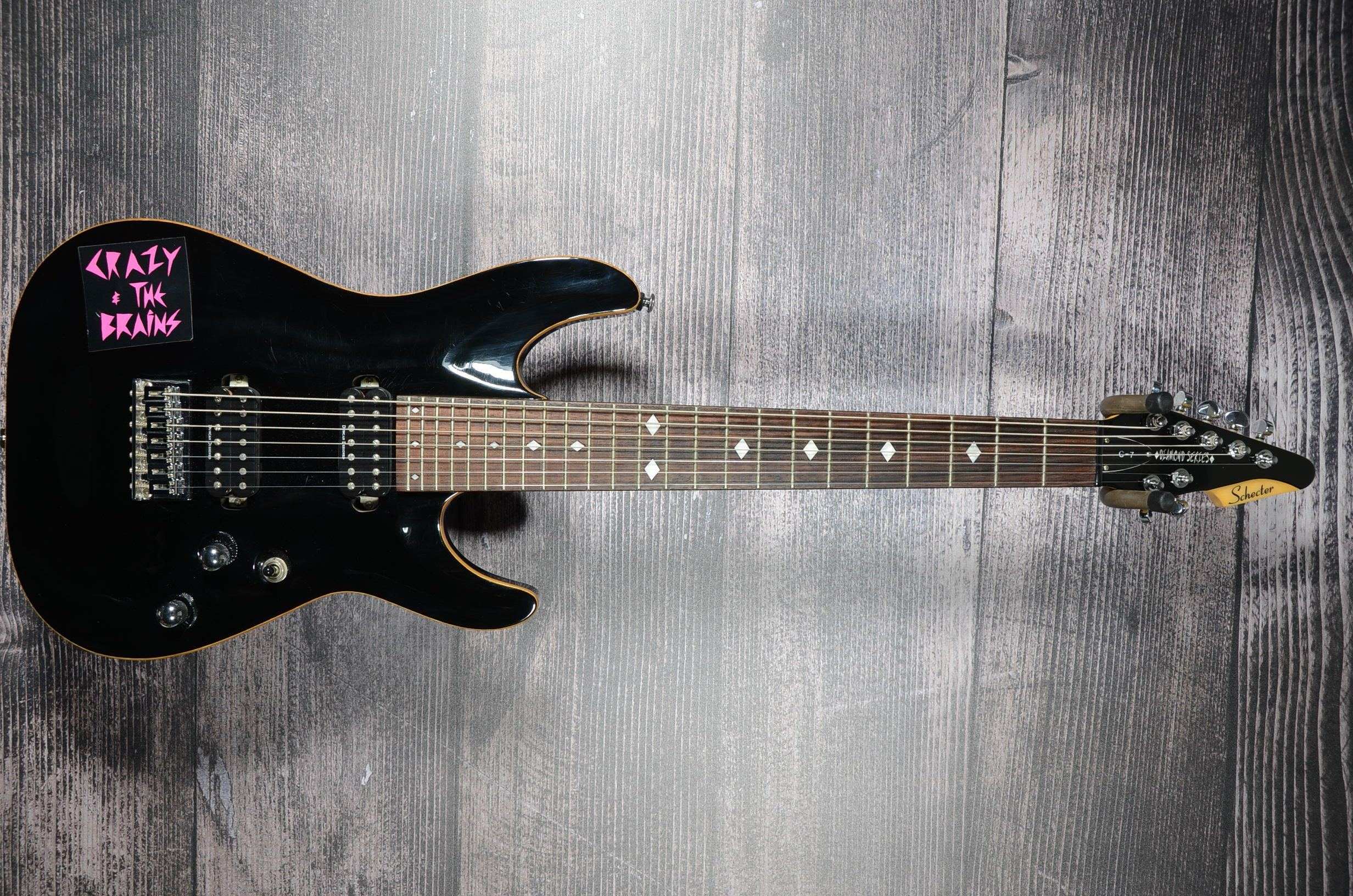 bc8aac26c6 ... Diamond Electric Guitar With Hard Shell Case. SKU: US0711038. DSC_56291
