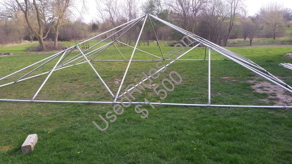 UsedRides.com    30\' X 30\' Anchor Industries Fiesta Frame tent ...