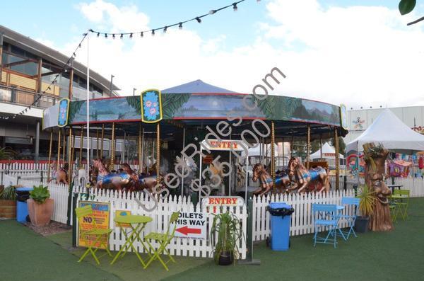 Carousel festoon