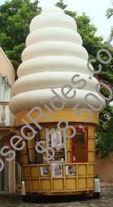 Ice cream trailer front