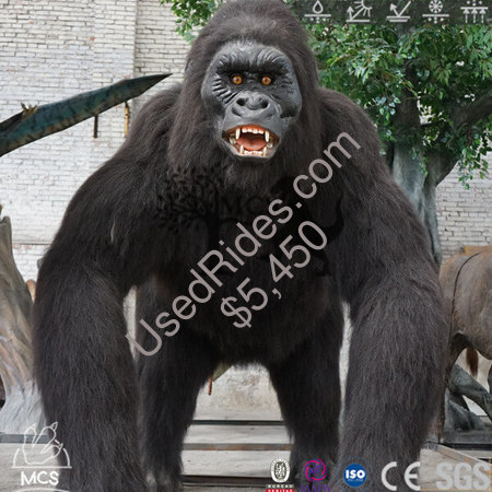 Robotic gorilla kingkong animatronics animal in jungle restaurant  %281%29