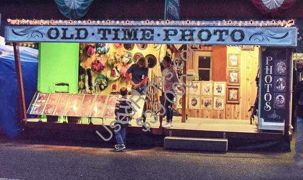 20 ft. old time photo trailer