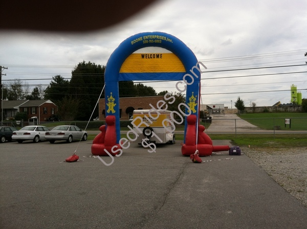 Inflatable arch 001