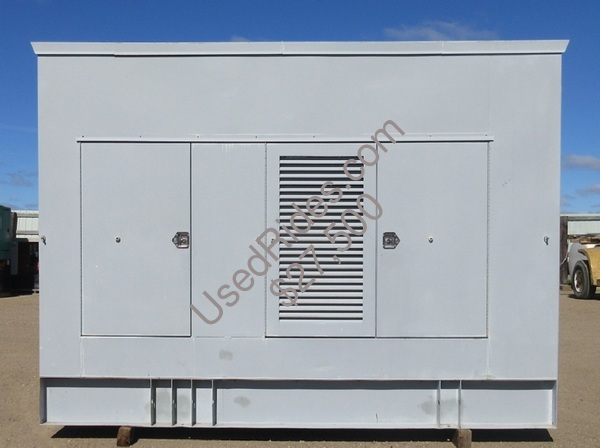 515 kw spectrum detroit enclosed with tank sn 399498 view %281%29
