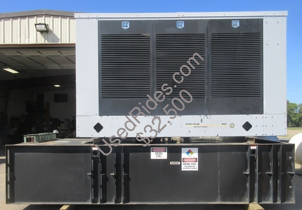 355 kw spectrum detroit enclosed with tank sn 0683370 view %281%29