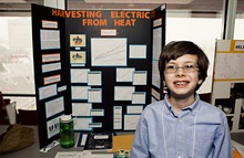 Harvesting electricity from heat