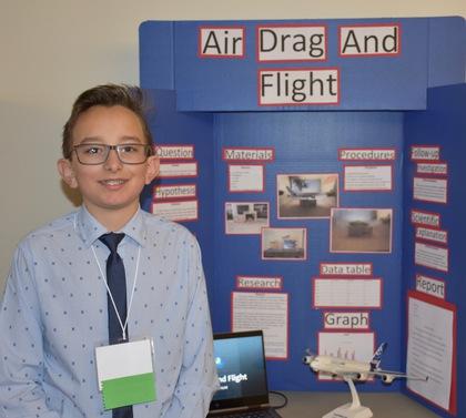Air drag and flight
