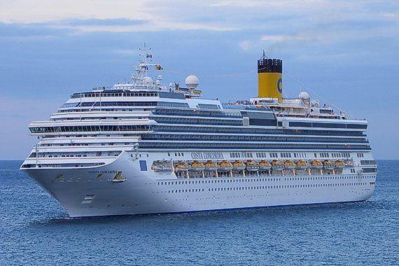 Titanic Vs Costa Concordia By Paige M Aberson Infographic - Titanic vs cruise ships today