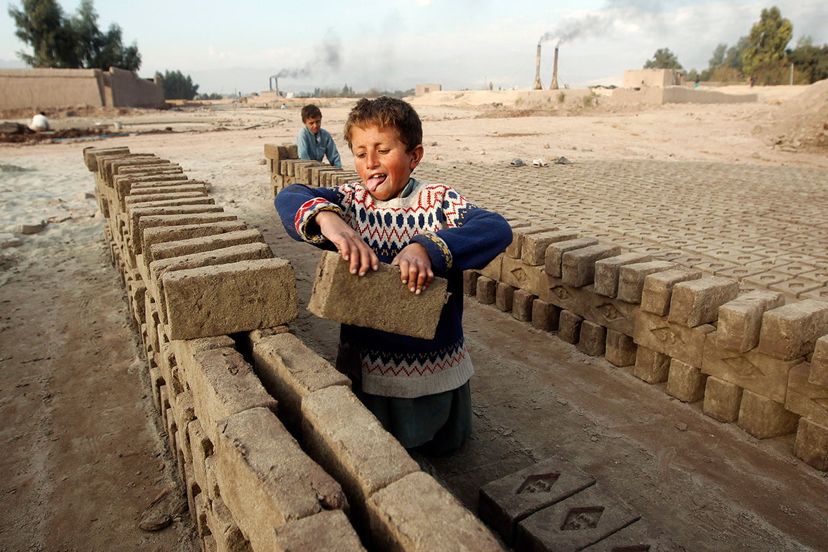 thesis on child labor in pakistan Essay: pakistan child labor pakistan, although being a democratic country, doesn't bring into consideration many of the troubles within the society one of these problems is child labor.