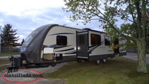 Satellite hook up travel trailers
