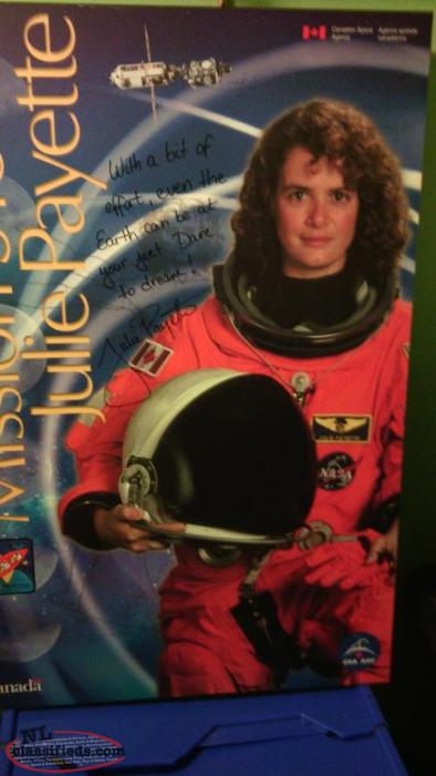 Julie Payette-Governor General/Canadian Astronaunt Signed Plaque Mounted Poster