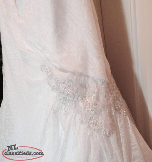 Newfoundland Wedding Dresses 35