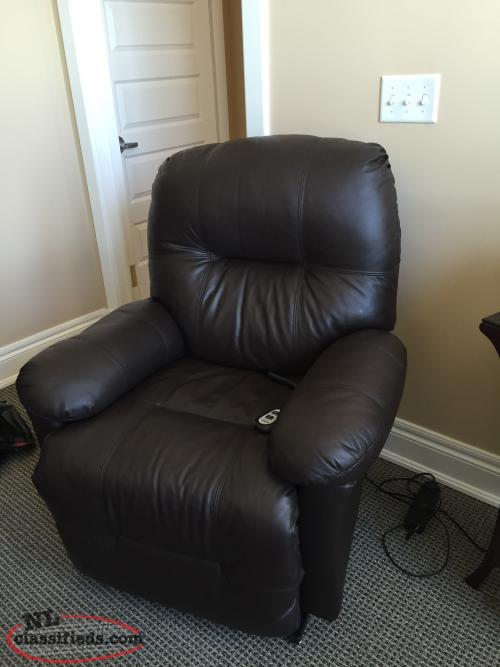 this recliner features dry kilned hardwood frame parts reinforced