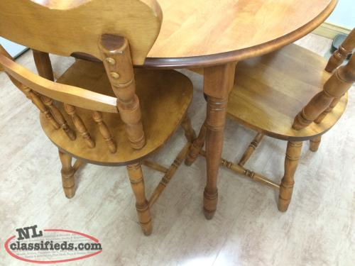 Solid oak table and chairs 4 2 leaf inserts st john for Dining table with leaf insert