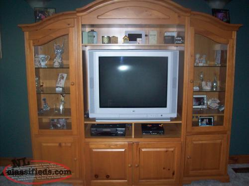 3 PIECE WALL CABINET // TRADE