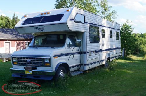 1989 Ford Royal Classic 28' motorhome for sale