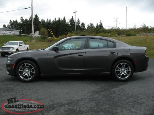 reduced by 4 2016 dodge charger sxt awd. Black Bedroom Furniture Sets. Home Design Ideas