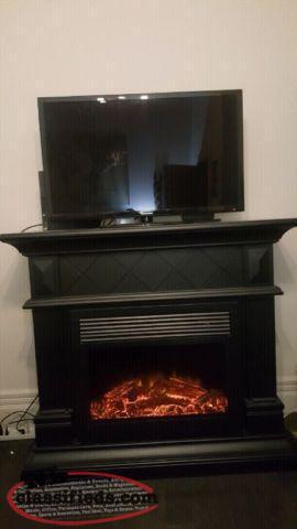 Beautiful Modern Electric Fireplace W Built In Speakers St John 39 S Newfoundland