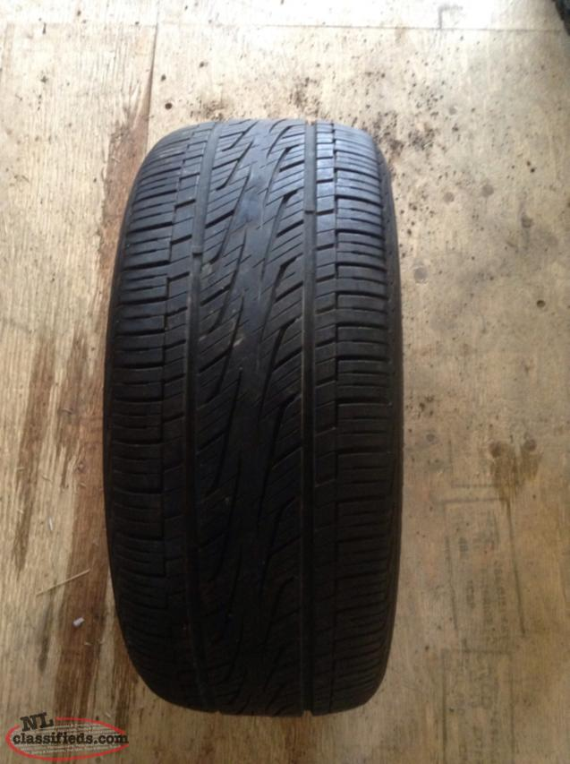 P225/50R16 All Season Tire In Excellent Condition