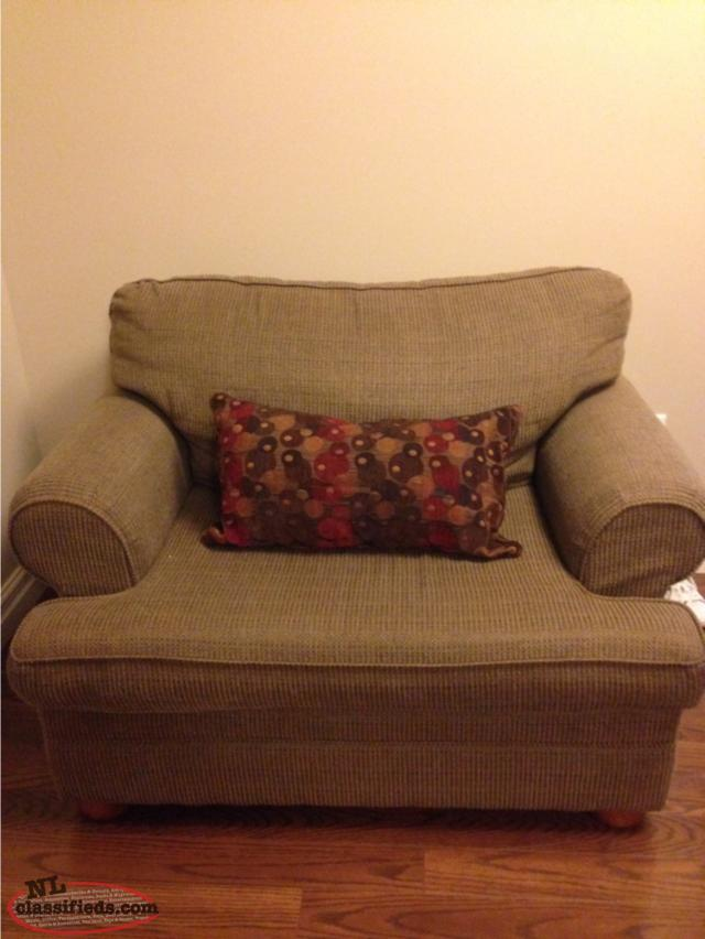 FOR SALE COUCH AND OVERSIZED CHAIR Clarenville