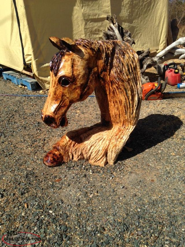 Chain saw carving arnolds cove newfoundland
