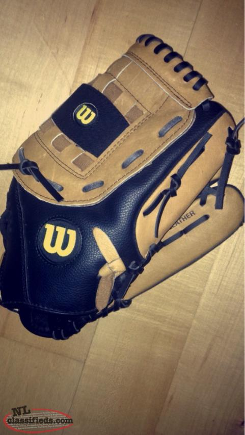 WILSON A360 GLOVE FOR SALE. ONLY WORN TWICE!