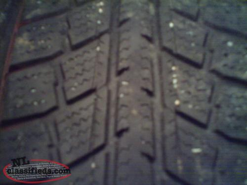 4 Winter tires on Older style civic rims - 185/70/14 (ONO)