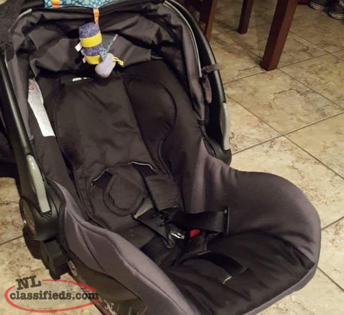 britax b safe infant car seat plus extra 2 bases gander newfoundland. Black Bedroom Furniture Sets. Home Design Ideas